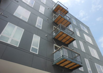 aluminum-balconies-the-standard