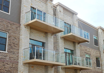 glass-railing-balconies