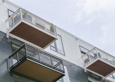 multicolor aluminum bolt on balconies-NorthEnd7653LR